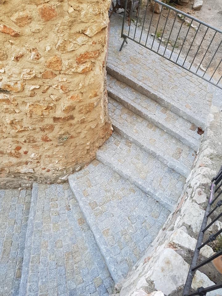 bordure droite da costa pavage escalier exterieur vieille ville