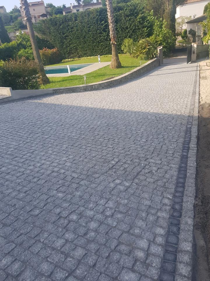 dacosta pavage paves granit pose droit joints contrariés gris draguignan