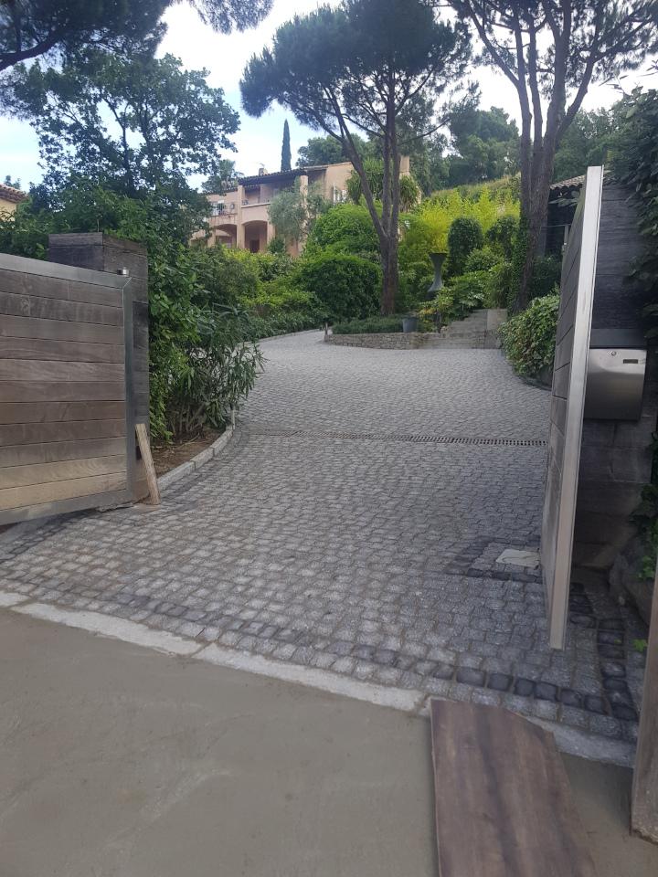 dacosta pavage paves granit pose droit joints contrariés gris draguignan paca
