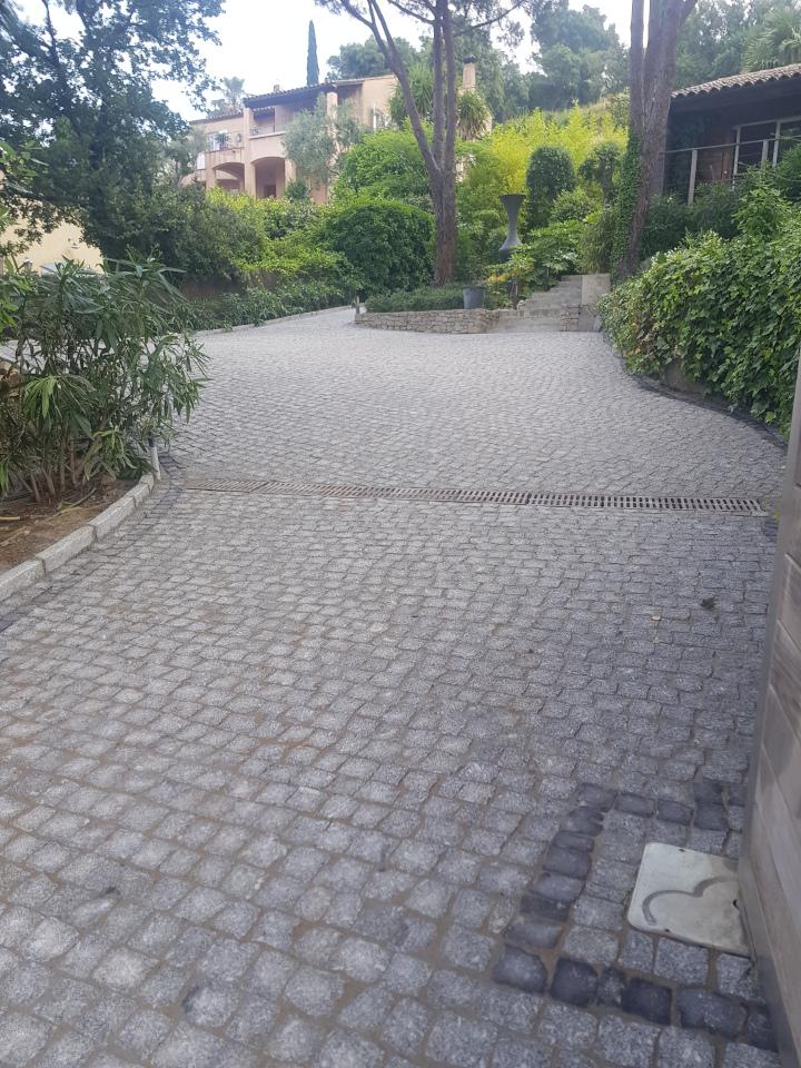 dacosta pavage paves granit pose droit joints contrariés gris draguignan paca portail