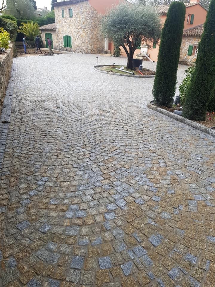Dacosta pavage granit mixtepose en arche