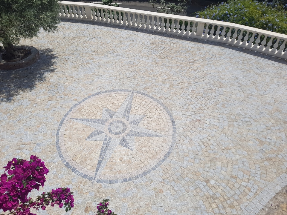pose en arche dacosta pavage terrasse avec motif